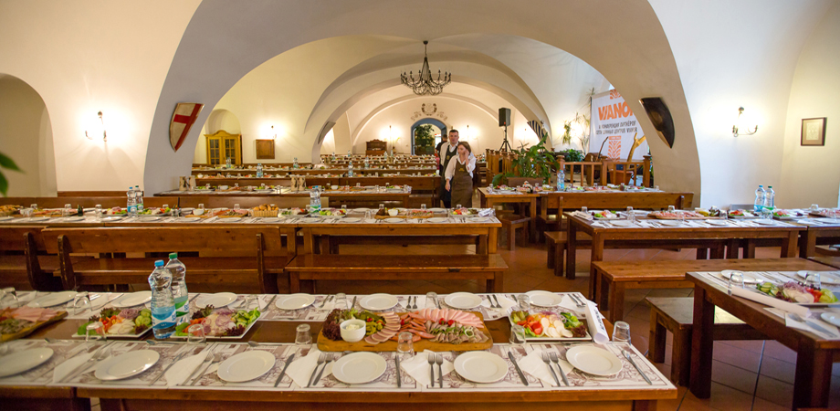 02._onference_in_prague_-_monastery_restaurant_gala_dinner.jpg