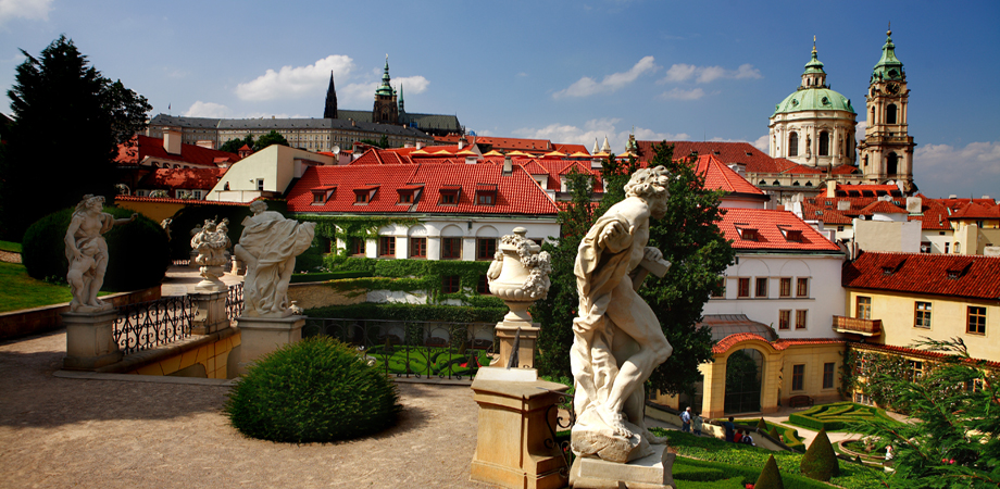 02._conference_in_prague_-_hotel_aria_-_view_from_the_vrtbovska_garden.jpg
