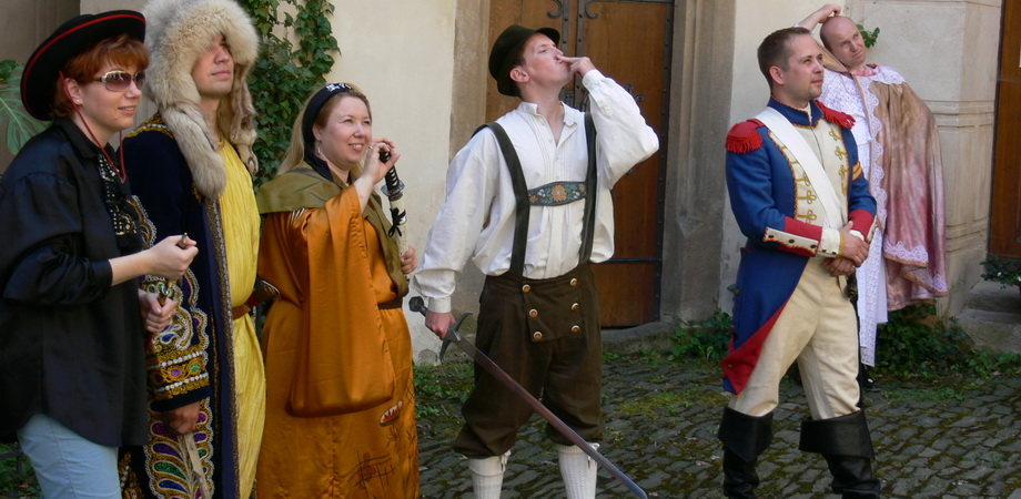 10._teambuilding_in_prague_-_film_production_in_zleby_castle.jpg